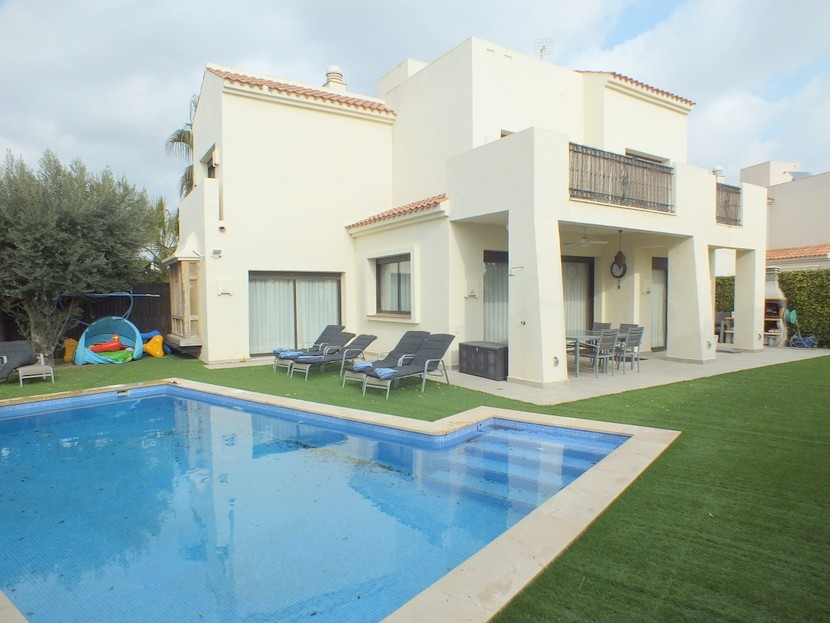 Ref:CB-93775 Villa For Sale in Roda Golf
