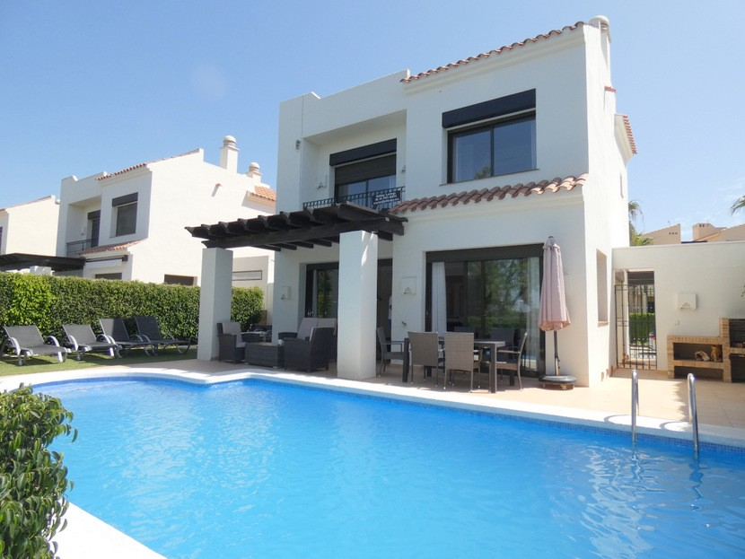 Ref:CB-89330 Villa For Sale in Roda Golf