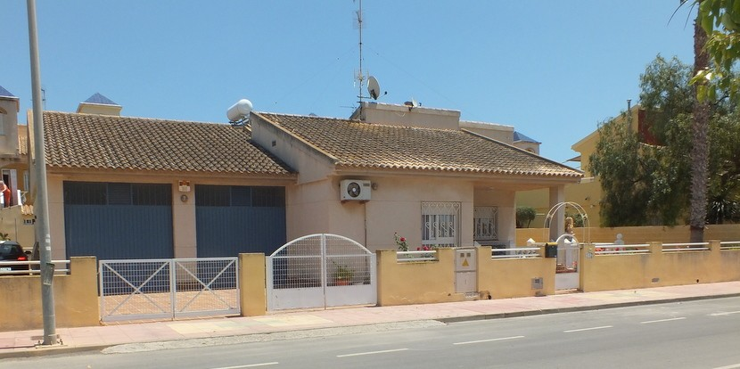 Ref:CB-54874 Villa For Sale in Los Alcazares