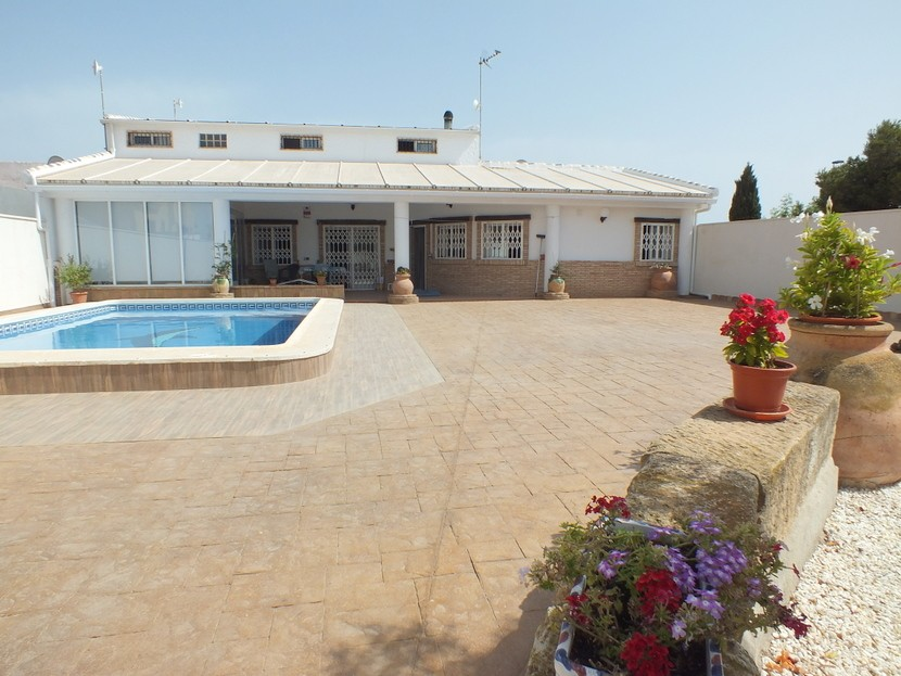 Ref:CB-35206 Villa For Sale in Los Alcazares