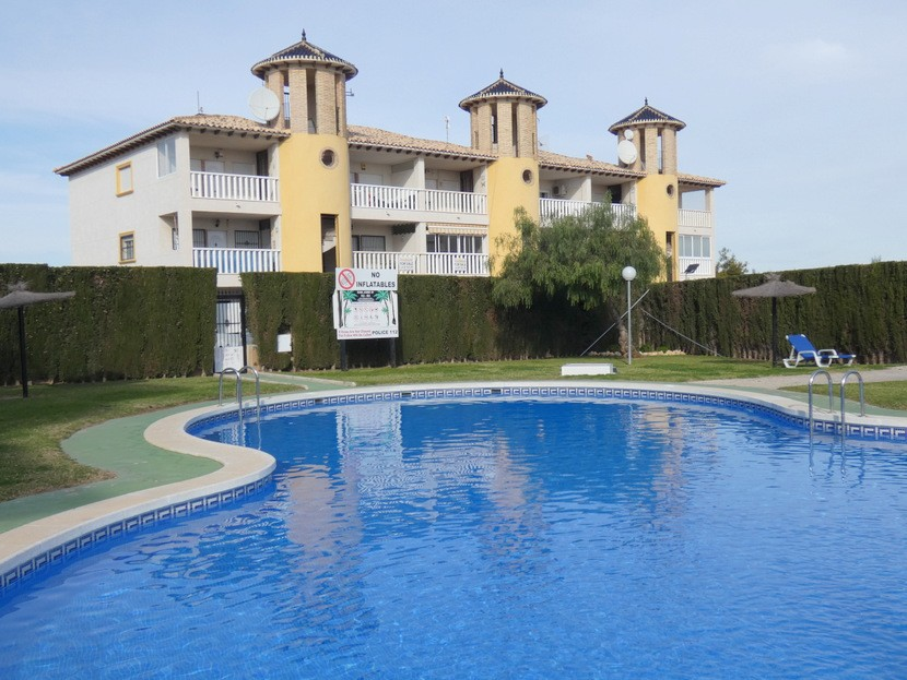 Ref:CB-41062 Apartment For Sale in Cabo Roig